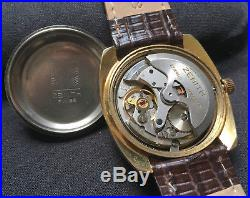 Zenith Surf cal. 2562PC Vintage 70s automatic watch for parts or repairs